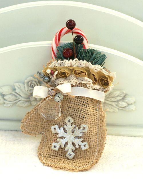 Χριστουγεννιάτικα στολίδια από λινάτσα8