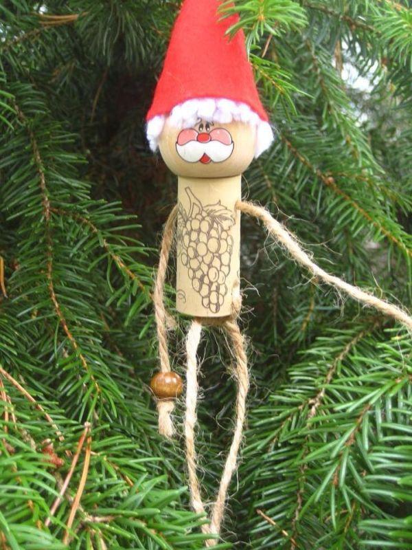 Χριστουγεννιάτικες διακοσμήσεις από πώματα φελλού22