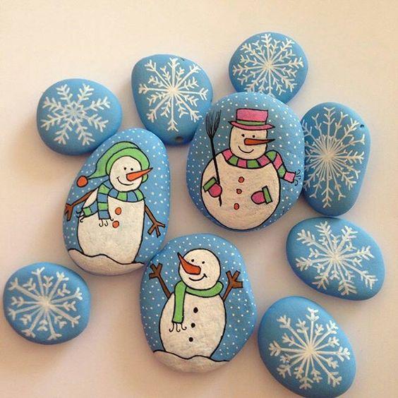 Χριστουγεννιάτικη ζωγραφική σε πέτρες και βότσαλα17