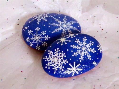 Χριστουγεννιάτικη ζωγραφική σε πέτρες και βότσαλα2