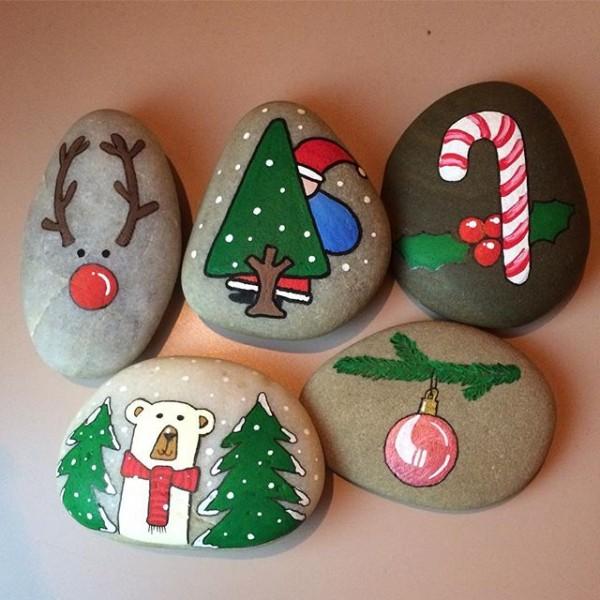 Χριστουγεννιάτικη ζωγραφική σε πέτρες και βότσαλα39