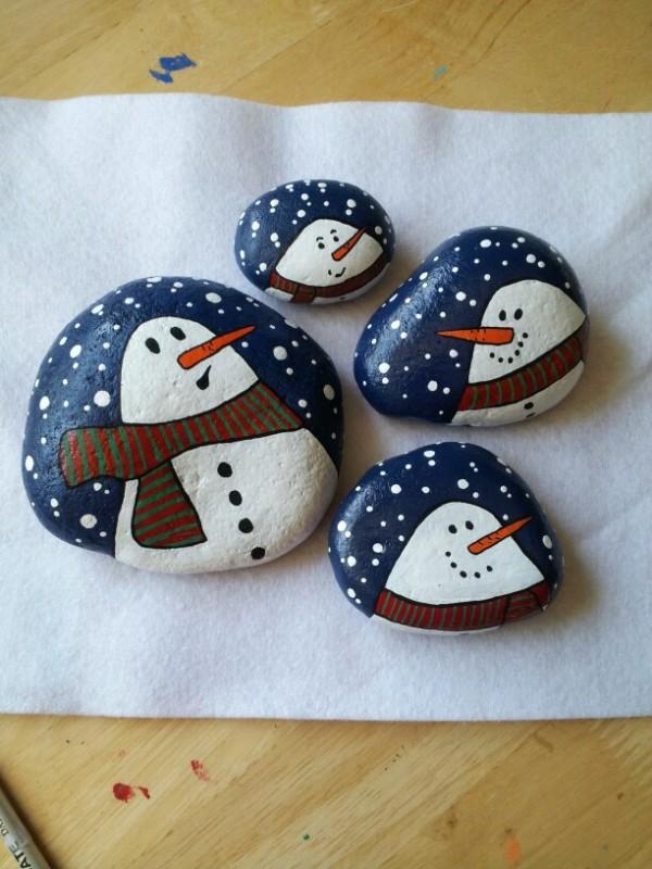 Χριστουγεννιάτικη ζωγραφική σε πέτρες και βότσαλα43