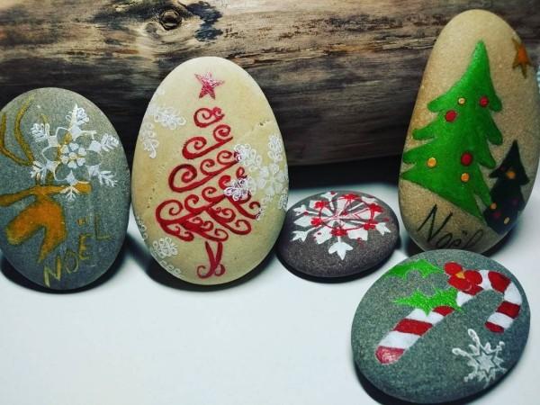 Χριστουγεννιάτικη ζωγραφική σε πέτρες και βότσαλα44