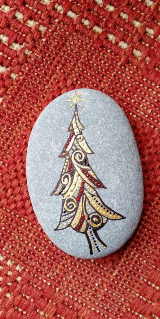 Χριστουγεννιάτικη ζωγραφική σε πέτρες και βότσαλα46