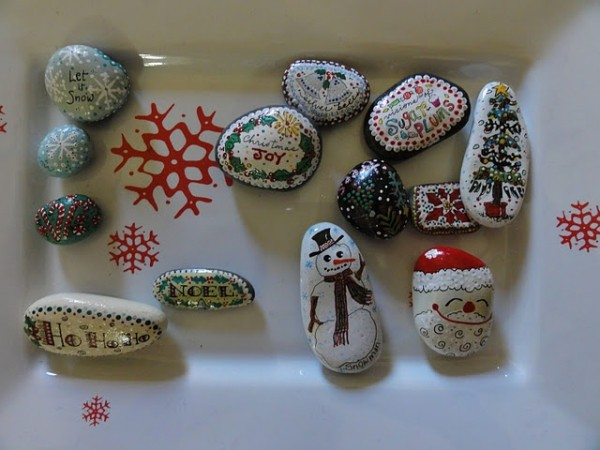 Χριστουγεννιάτικη ζωγραφική σε πέτρες και βότσαλα70