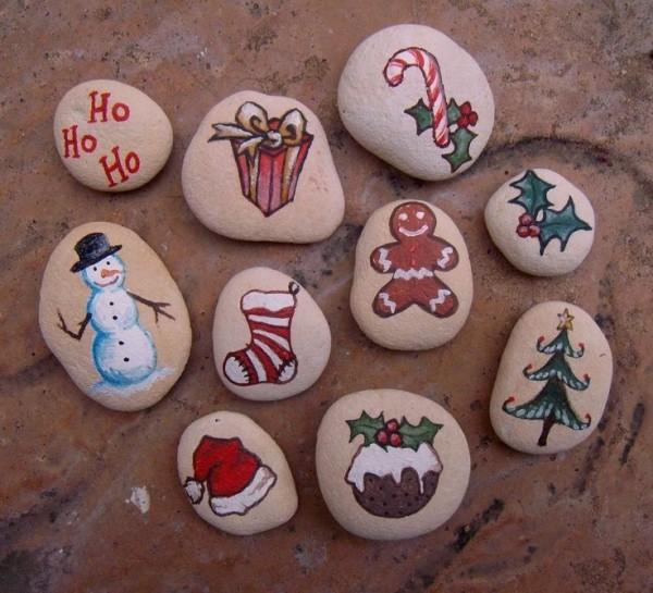 Χριστουγεννιάτικη ζωγραφική σε πέτρες και βότσαλα84