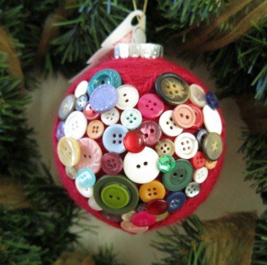 DIY κατασκευές από κουμπιά για τα Χριστούγεννα1