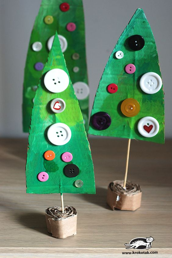 DIY κατασκευές από κουμπιά για τα Χριστούγεννα19