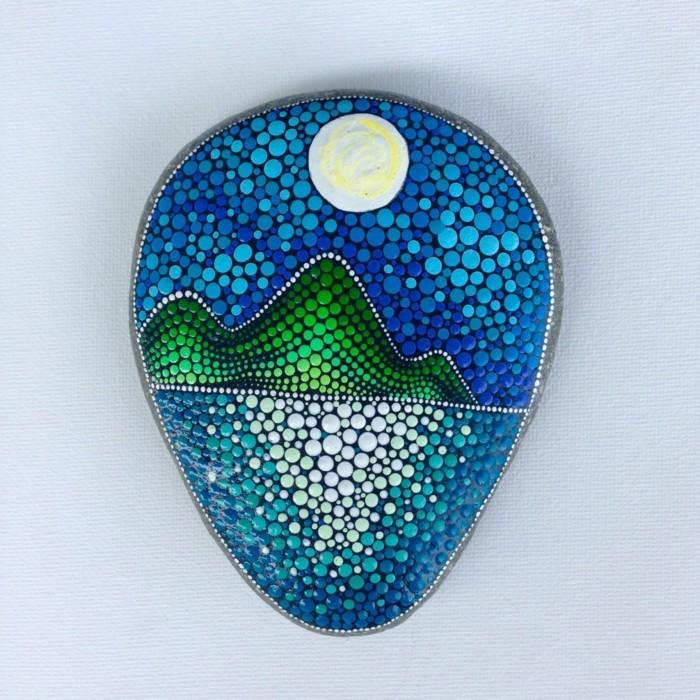 ζωγραφική μάνταλα σε πέτρες και βότσαλα20