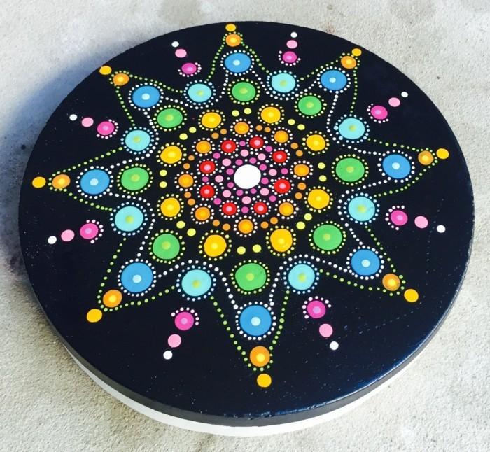 ζωγραφική μάνταλα σε πέτρες και βότσαλα21