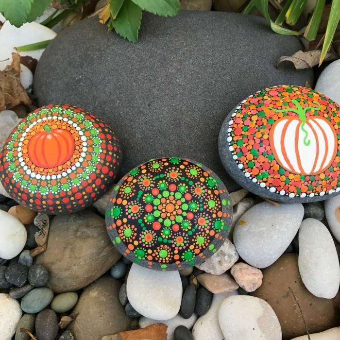 ζωγραφική μάνταλα σε πέτρες και βότσαλα44