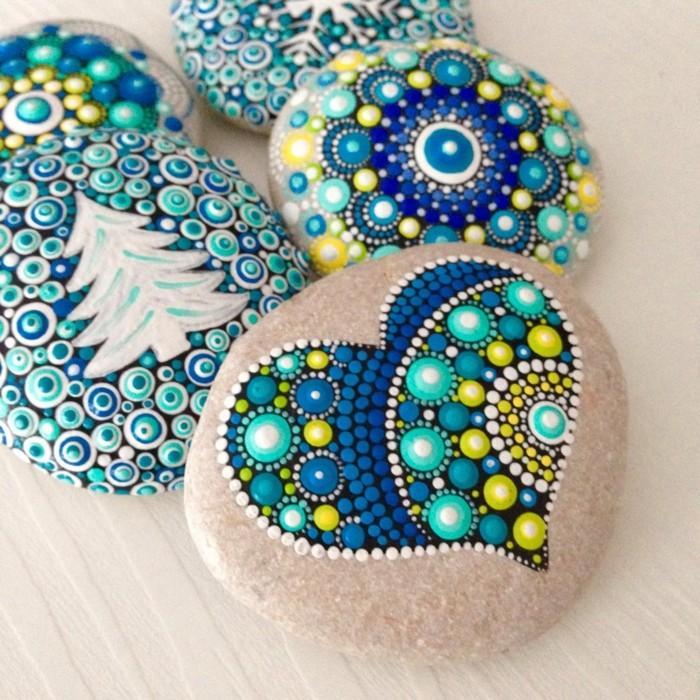 ζωγραφική μάνταλα σε πέτρες και βότσαλα46