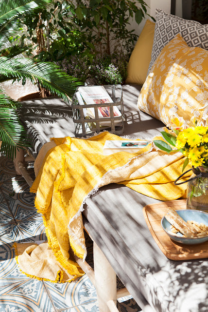 Εξωτερική Διακόσμηση με μαξιλάρια4