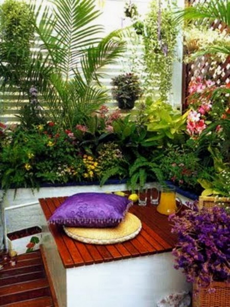 wooden floor balcony garden, stone floor balcony, ornamental plants, modern balcony garden, fresh balcony garden, relax balcony, unique design balcony, colorful plants, beautiful flowers, flowerpot balcony, contemporer balcony, : DesignInteriorArt.com