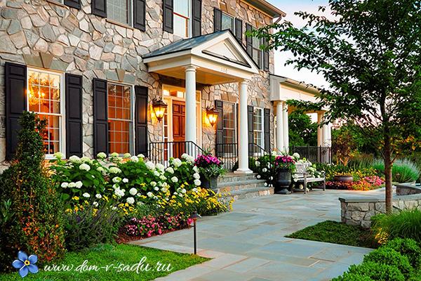 Λουλούδια μπροστά από το σπίτι28