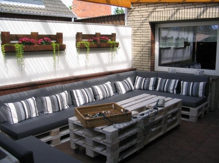 DIY έπιπλα εξωτερικού χώρου από παλέτες54