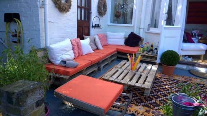 DIY έπιπλα εξωτερικού χώρου από παλέτες55